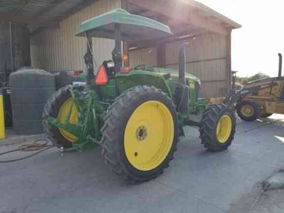 2017 Used John Deere 6105E Tractor Ehrenberg