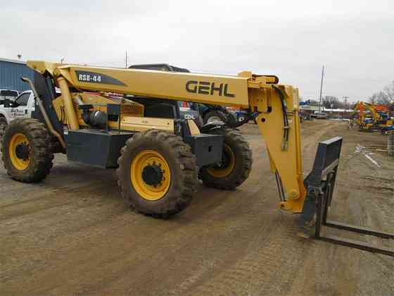 2015 Used GEHL RS8-44 Telescopic Handler Fort Smith