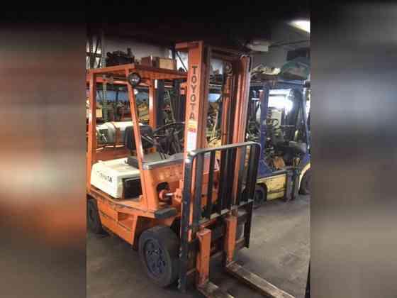 Used TOYOTA 42-4FGC20 Forklift Riverside, Ohio