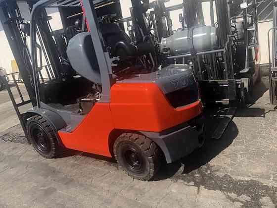 2013 Used TOYOTA 8FGU30 Forklift Riverside, Ohio