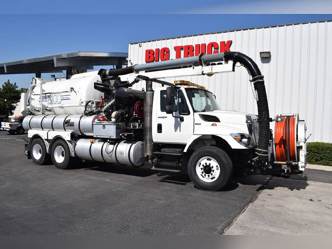 2008 Used INTERNATIONAL Workstar 7400 Vacuum Truck Fontana - photo 1