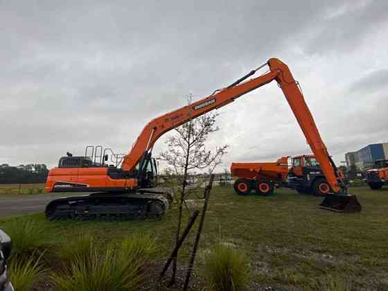 2019 Doosan DX300LC-5 Excavator Jacksonville, Florida
