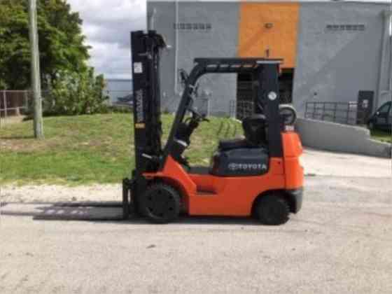 Used TOYOTA 7FGCU20 Forklift Fort Lauderdale