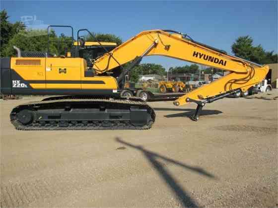 2016 Used HYUNDAI HX220L Excavator Lowell