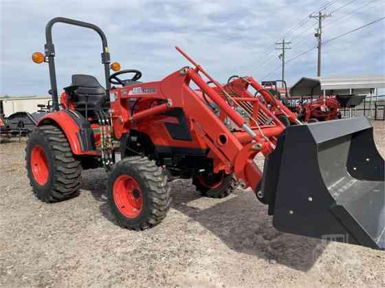 2021 New KIOTI CX2510HST Tractor Donna