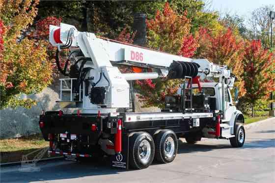 2020 ELLIOTT D86 Truck-Mounted Crane On 2020 FREIGHTLINER M2 106 Kansas City, Missouri