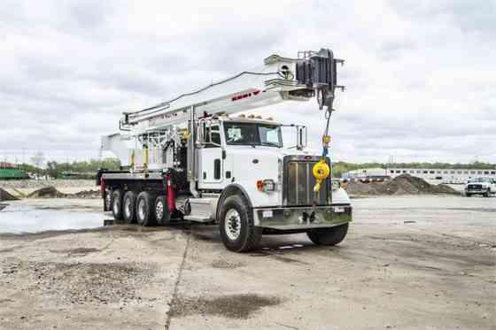 2020 ELLIOTT 45142 Truck-Mounted Crane On 2020 PETERBILT 367 Kansas City, Missouri