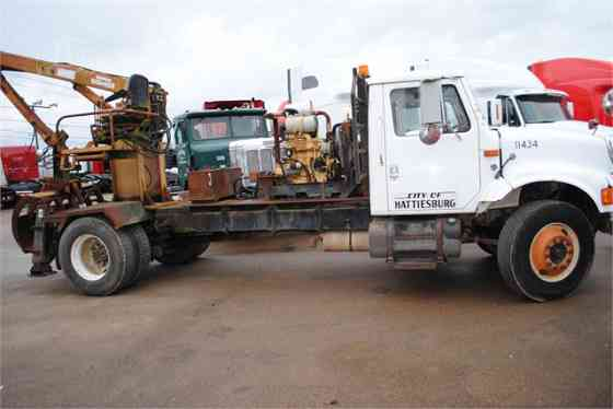 2000 Used INTERNATIONAL 4700 Grapple Truck Memphis