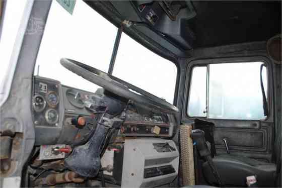 1993 Used MACK DM690S Grapple Truck Memphis