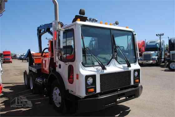 1997 Used MACK MR688S Grapple Truck Memphis