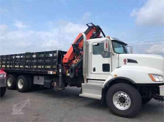 2016 PALFINGER PK33002EH Crane MOUNTED ON 2016 KENWORTH T440 Houston