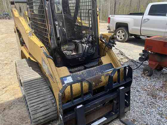 USED 2008 CATERPILLAR 257B Skid-Steer Loader Wayne, Michigan