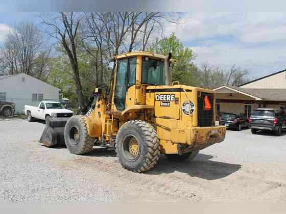 USED 1999 DEERE TC44H WHEEL LOADER Frankfort, Kentucky