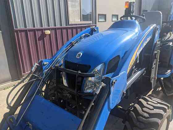 USED 2009 NEW HOLLAND BOOMER 3045 TRACTOR Caledonia
