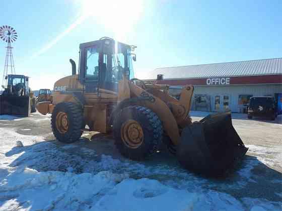 USED 2002 CASE 521D WHEEL LOADER Rochester, Minnesota