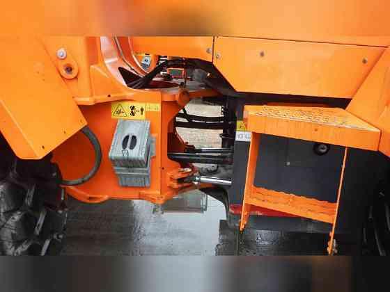 USED 2015 DOOSAN DL250-5 Wheel Loader Newark, New Jersey