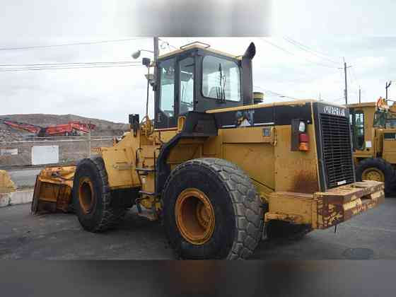 USED 1997 CATERPILLAR 950F II Wheel Loader Newark, New Jersey