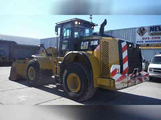 USED 2013 CATERPILLAR 950K Wheel Loader Newark, New Jersey