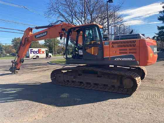 USED 2015 DOOSAN DX225 LC-5 Excavator Piscataway