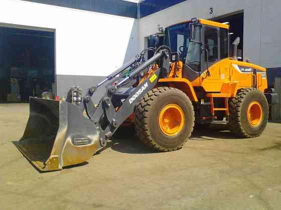 USED 2015 DOOSAN DL250TC-5 Wheel Loader Piscataway