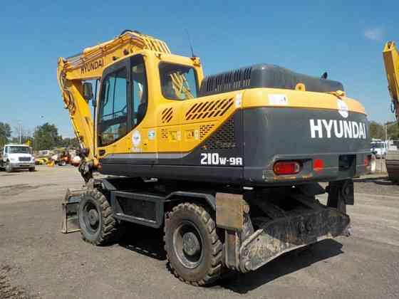 USED 2014 HYUNDAI R210W-9A Excavator Syracuse, New York
