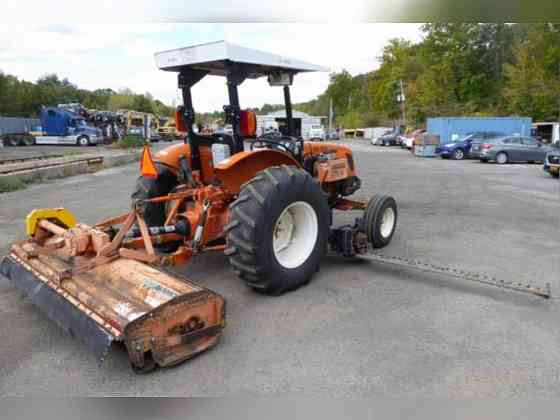 USED 2006 New Holland TN70A 2RM Tractor New York City