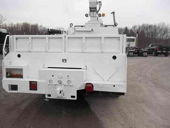 USED 2000 STERLING L9500 Crane Truck Caledonia