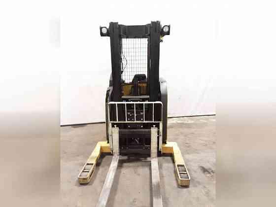 USED 2012 YALE NR035DA Forklift Charlotte