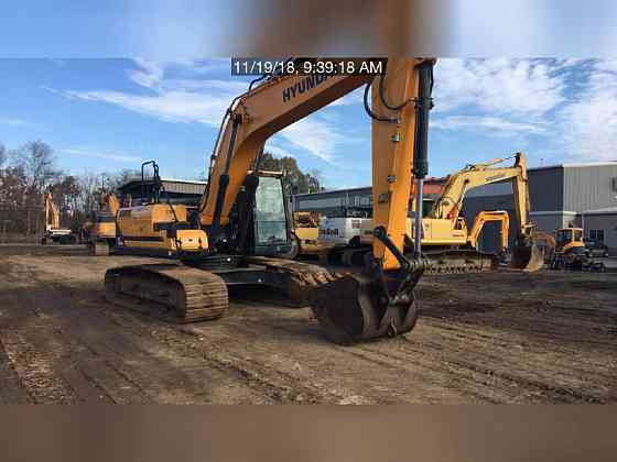 USED 2015 HYUNDAI HX260L Excavator Lexington, North Carolina