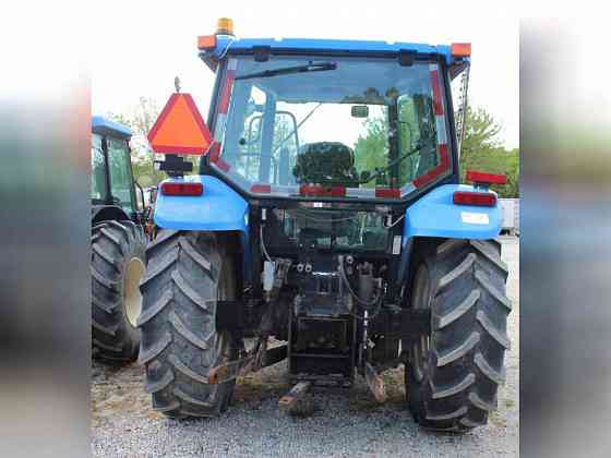 USED 2005 NEW HOLLAND TL80A Tractor Greensboro