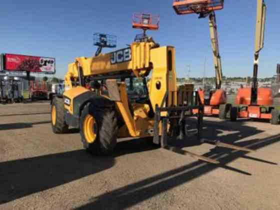 USED 2013 JCB 510-56 Telehandler Fargo