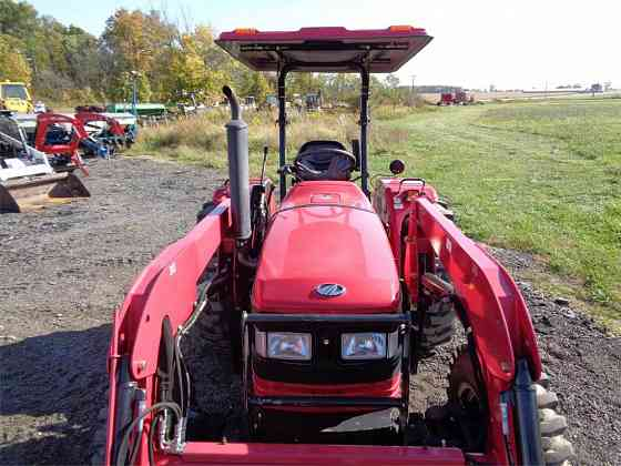 USED 2015 MAHINDRA 5545 Tractor Ansonia