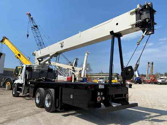 USED 2015 NATIONAL 9103A Crane Solon