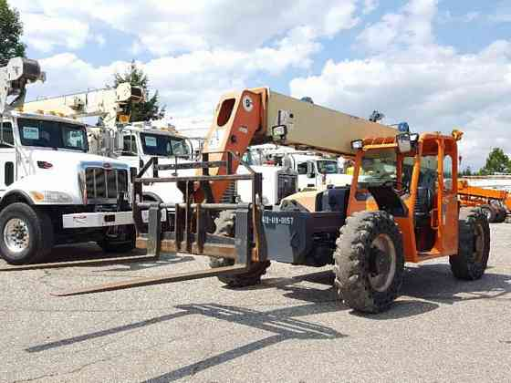 USED 2011 JLG G9-43A Crane Solon