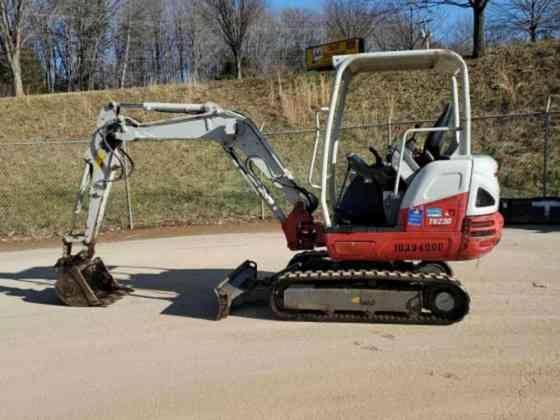 USED 2015 TAKEUCHI TB230 Excavator Columbus, Ohio