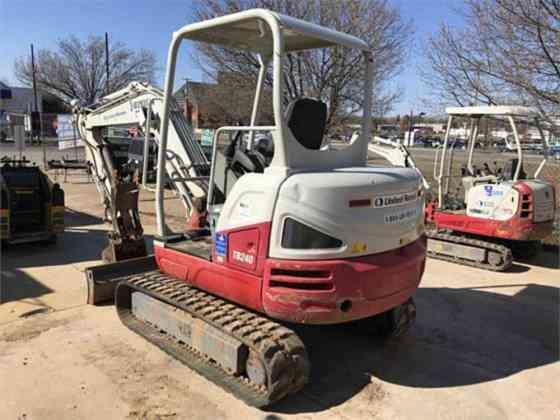 USED 2014 TAKEUCHI TB240 Excavator Columbus, Ohio