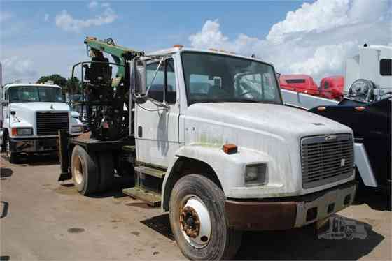 USED 2003 FREIGHTLINER FL70 Grapple Truck Dyersburg