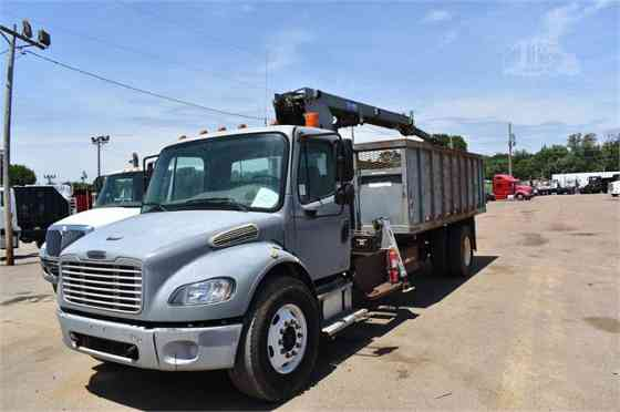USED 2010 FREIGHTLINER BUSINESS CLASS M2 106 Grapple Truck Dyersburg