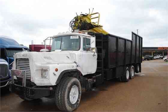 USED 1993 MACK DM690S Grapple Truck Dyersburg