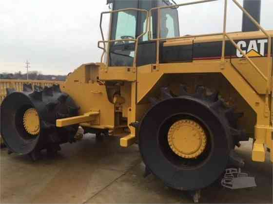 USED CAT 826G II Landfill Compactor Parma
