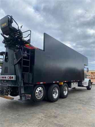 NEW 2022 PETERBILT 389 Grapple Truck Lake Worth