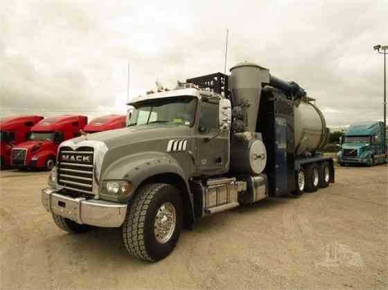 USED 2019 MACK GRANITE 64FR Vacuum Truck Fort Worth