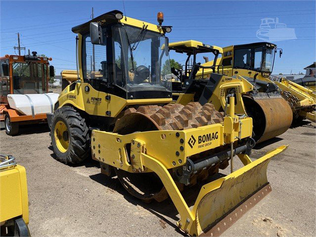 USED 2018 BOMAG BW177PDH-5 Compactor Denver - photo 4