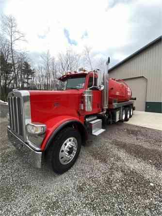 USED 2012 PETERBILT 388 Vacuum Truck Pittsburgh