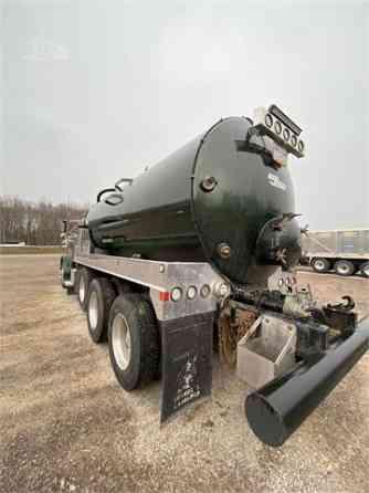 USED 2002 PETERBILT 379 Vacuum Truck Pittsburgh