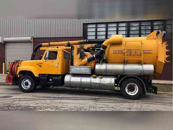 USED 2002 VACTOR 2110 Vacuum Truck Elmhurst