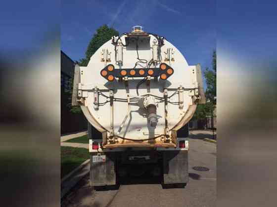 USED 2010 VAC-CON X-CAVATOR Vacuum Truck Elmhurst