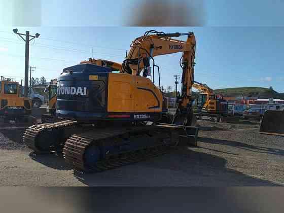 USED 2019 Hyundai HX235LCRD Excavator Portland, Oregon