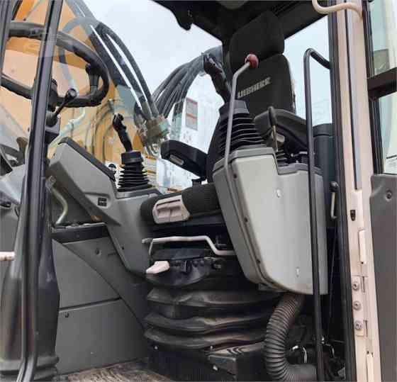 USED 2015 LIEBHERR A924 LITRONIC Excavator Milwaukee