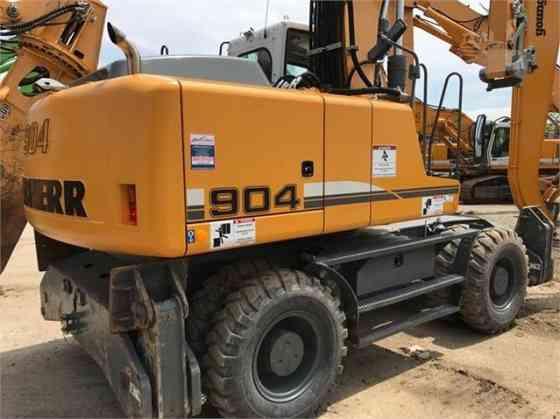 USED 2015 LIEBHERR A904C Excavator Milwaukee